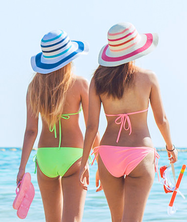 Top 10 Hen Do Destinations - Hen Group on the Beach
