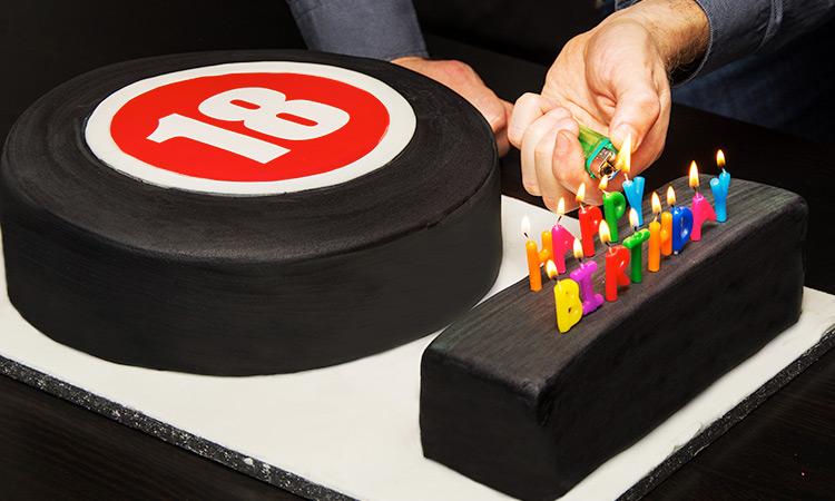 The LNOF logo in cake form