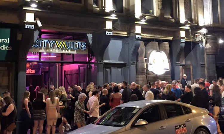 People queuing outside Idols/Vaults, Newcastle