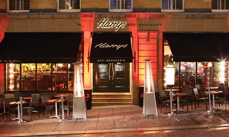 The exterior of Harry's Bar