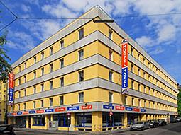 The exterior of the A&O Hostel Cologne Neumarkt