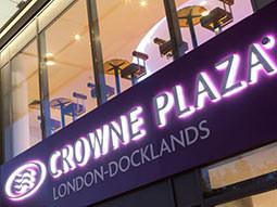 Gears & War Crowne Plaza London Docklands