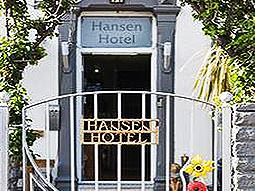 Exteriof of the Hansen Hotel sign and door
