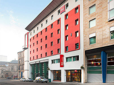 The exterior of Ibis Hotel in Glasgow City Centre