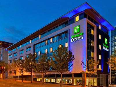 The exterior of Holiday Inn Express