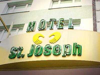 Hotel St Joseph exterior sign