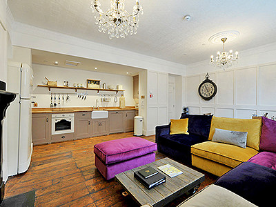 The glamorous kitchen and sitting area in Bath Town House 8