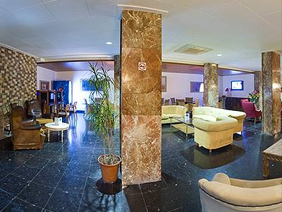 Lobby and reception area of Hotel Tropical