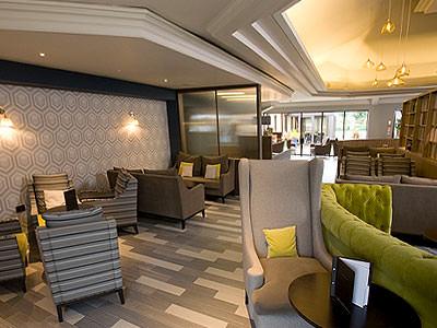 The lobby area in Hilton Bristol