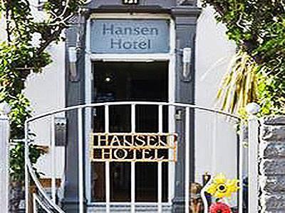 Exteriof of the Hansen Hotel sign and door
