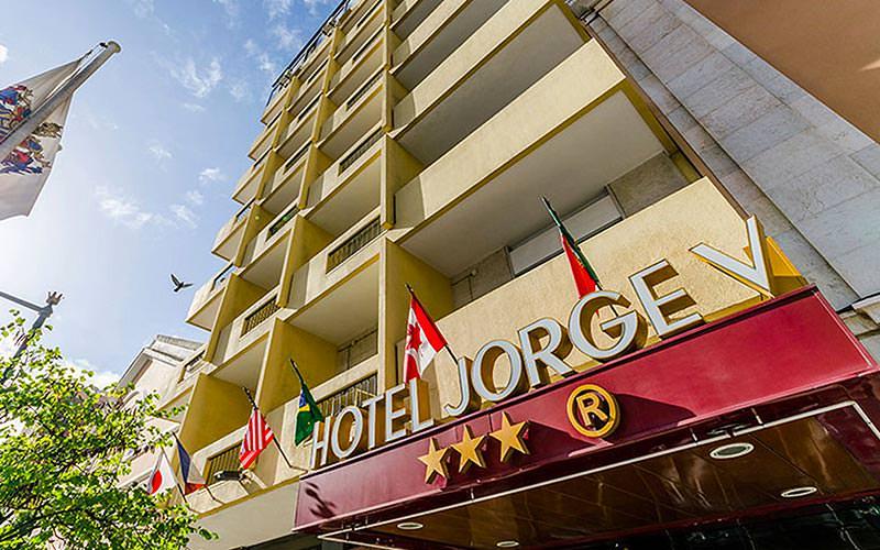 Exterior building of Hotel Jorge V