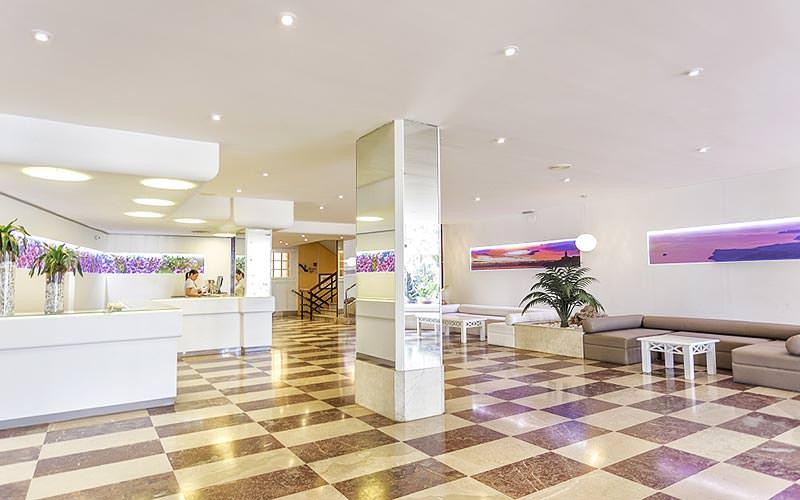 The hotel lobby of Fergus Tobago Hotel