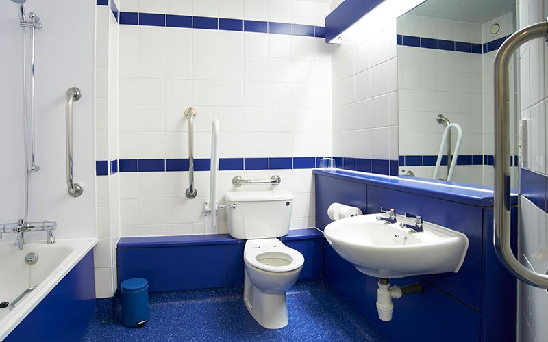 A disabled bathroom in a room at Travelodge Bournemouth