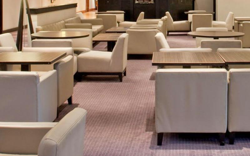 A seating area in Holiday Inn Bristol Filton