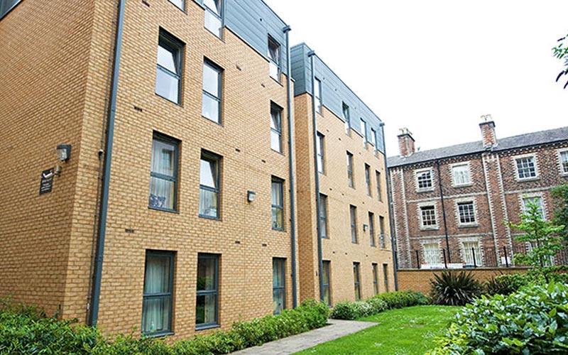 Exterior of CityLiveIn Apartments