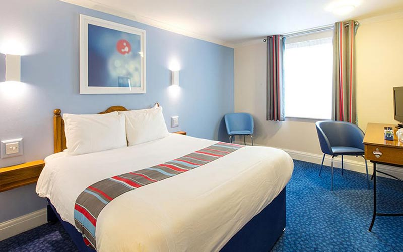 A double room in Travelodge Chester Warrington Road