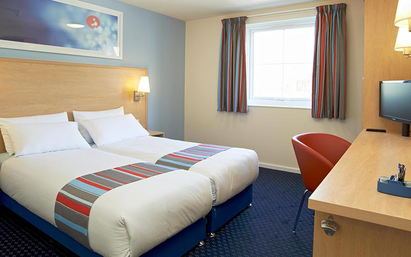 A twin room in Travelodge Southampton