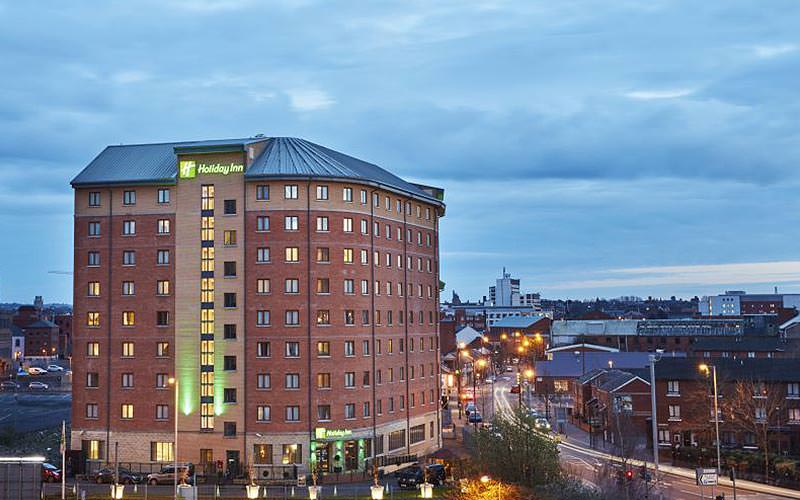 Exterior of the Holiday Inn Belfast City Centre at night
