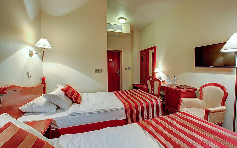 A guest room at Hotel Europejski