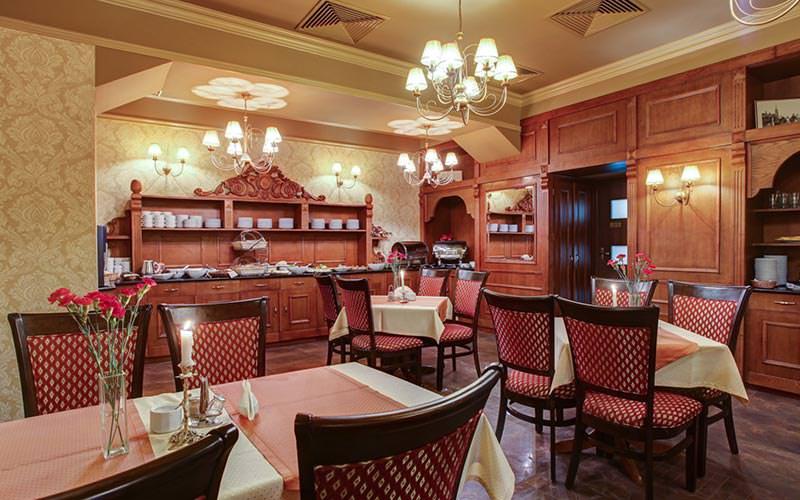 The dining area at Hotel Europejski
