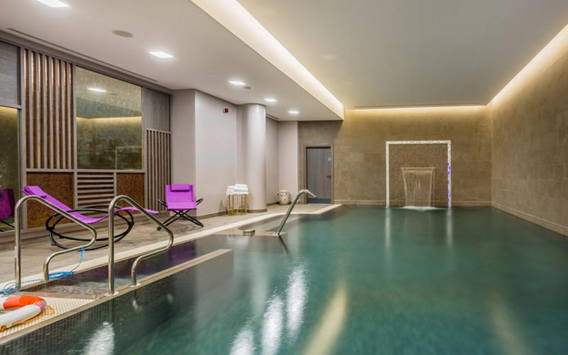A pool room at Courthouse Hotel Shoreditch