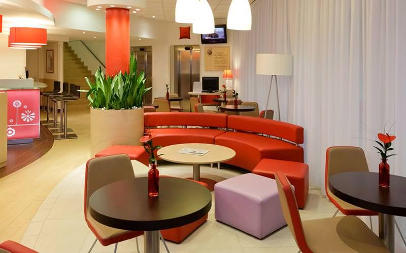 Bar and seating/dining area of Ibis Bratislava Centrum Hotel