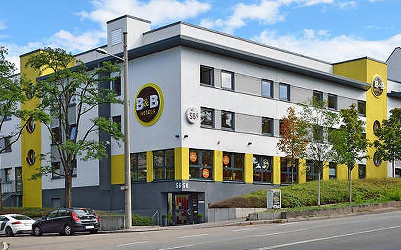The exterior of the B&B Hotel Stuttgart-City