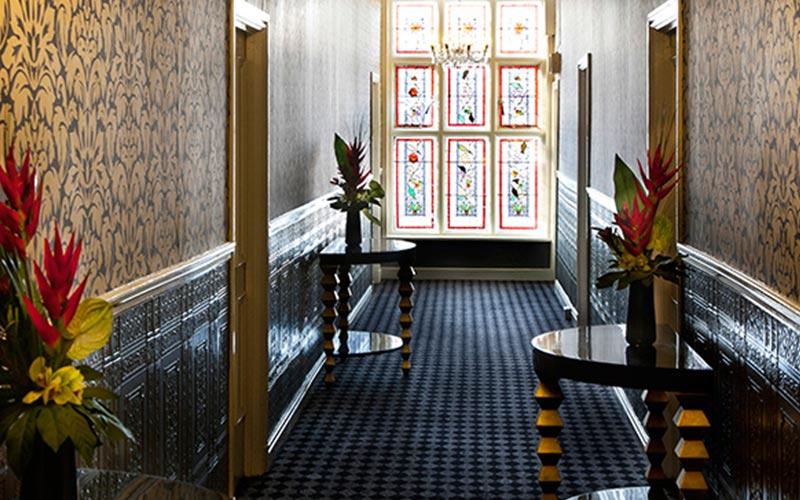 A corridor in the Hallmark Chester Inn hotel