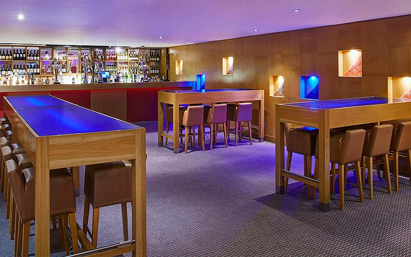 The bar area in Jurys Inn