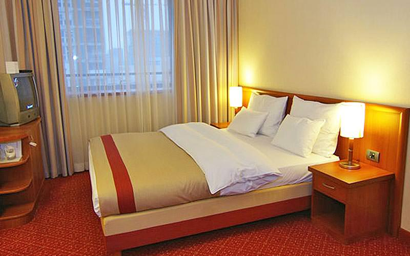 Example of a guestroom at Hotel International Zagreb