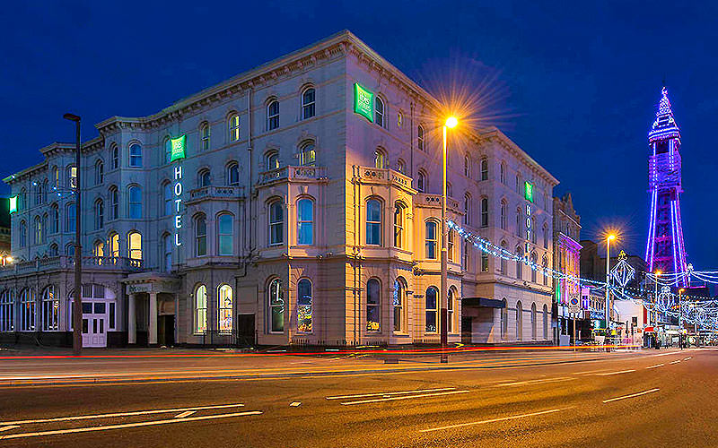 Exterior of Blackpool Ibis Styles at night