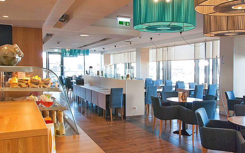 The dining and lounge area at Tallinn Seaport Hotel