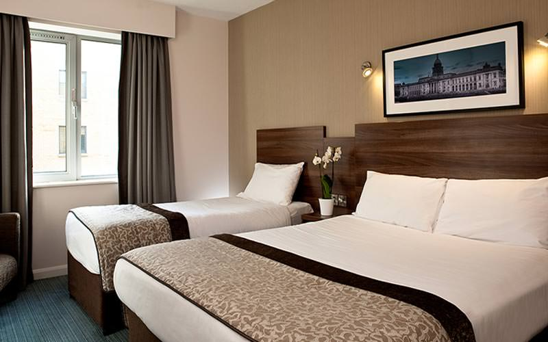 A guest room at the Jurys Inn Parnell Street with a double and single bed