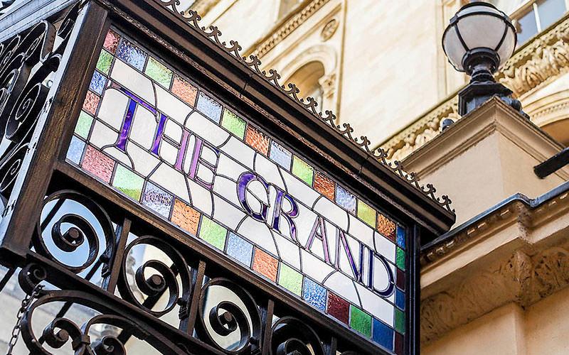 The Mercure Bristol Grand Hotel sign