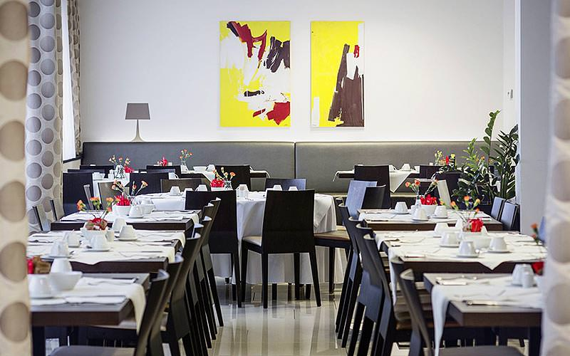 Dining area at the Austria Trend Hotel