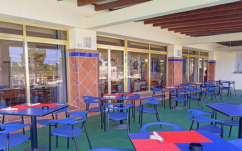 Al fresco dining area at THB Ibiza Mar Apartments