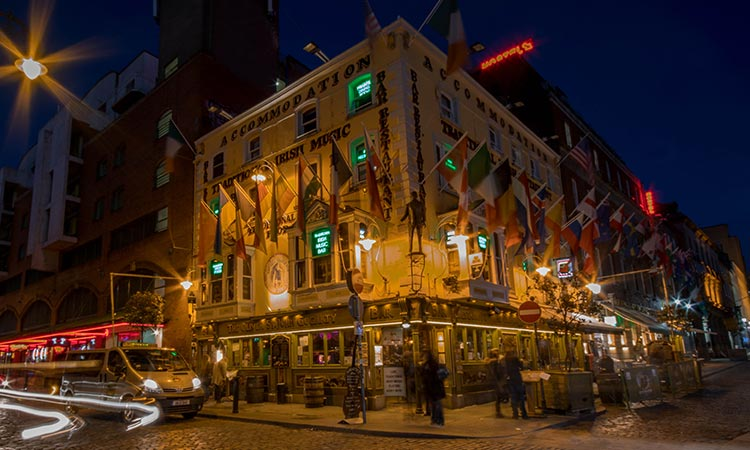 Exterior of Oliver St John Gogarty's, at night
