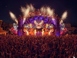 Image of ushuaia main stage all lit up with fireworks coming off it