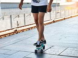 A person on a skateboard on Barcelonas promenade