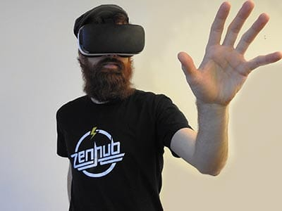 Image of a man wearing a vr