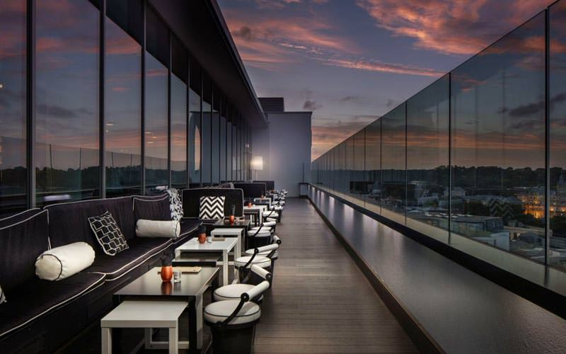 Image of the outside view of the level 8 sky bar