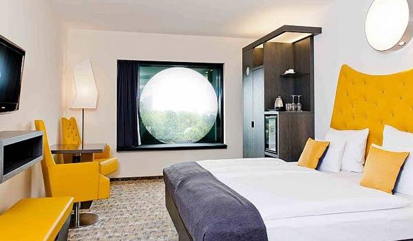 A fancy hotel room in Hamburg