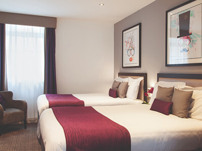 A bedroom at Epic Apart Hotel Seel Street
