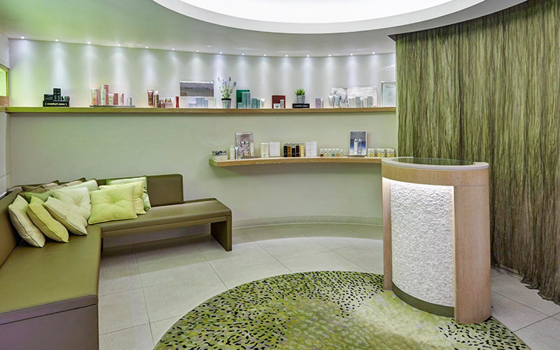 Green treatment room at Crowne Plaza Battersea