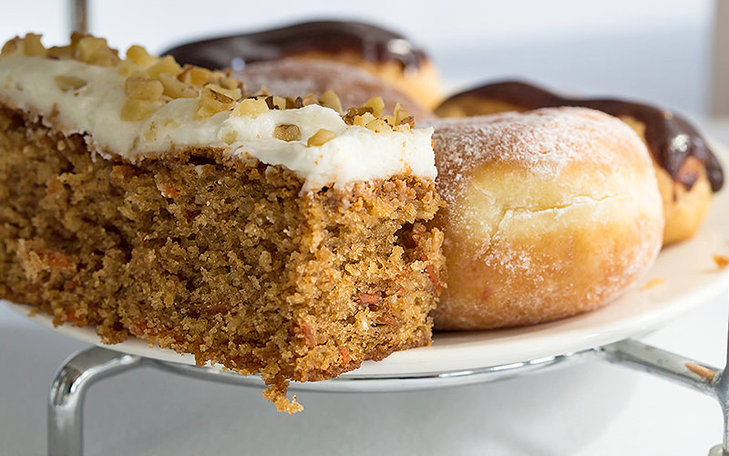 Carrot cake, donughts