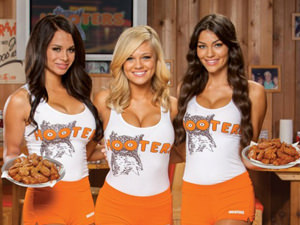 Hooters - 2 Course Meal & Beers