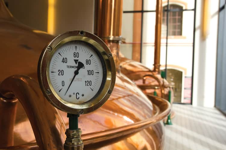 Temperature gauge in a brewery