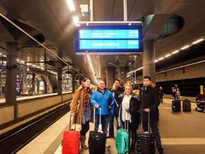 LNOF staff arrive in Hamburg