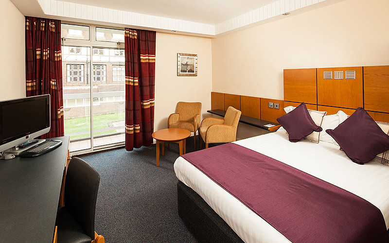 A large, spacious room in the Mercure Leeds Parkway Hotel