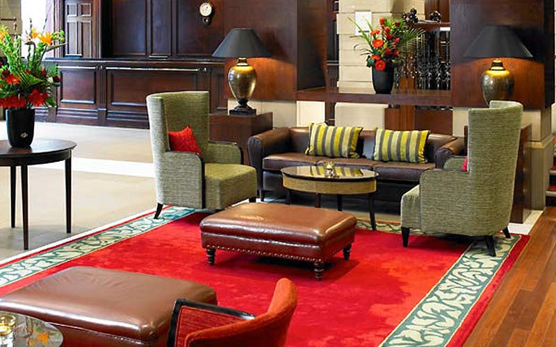 Tables, chairs and sofas in the Marriott, Leeds, hotel lobby